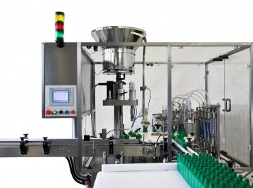 Gyógyszeripari folyadéktöltő gép