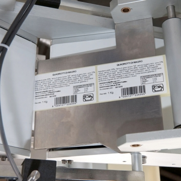 System4 SLIM címkézőgép